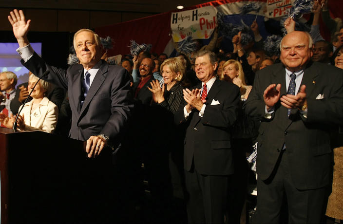 Bredesen, left, waves to supporters as he declares victory over Republican candidate Jim Bryson as former Gov. Ned McWherter, right, and former Sen. Jim Sasser, second from right, look on at Loews Vanderbilt Hotel in Nashville on Nov. 7, 2006. (Photo: John Russell/AP)