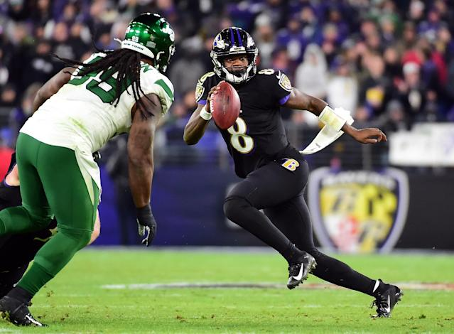 Source: Lamar Jackson, John Harbaugh To Be Honored As Player & Coach Of The Year By The Maxwell Football Club