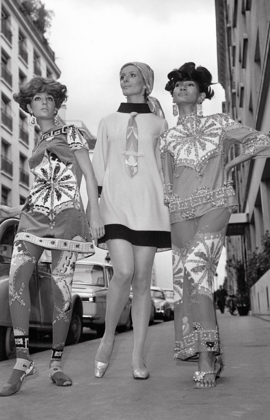 <p>Emilio Pucci embraced the mod and hippie trends of the decade with his fall line. Goodbye plaid, hello prints.</p>
