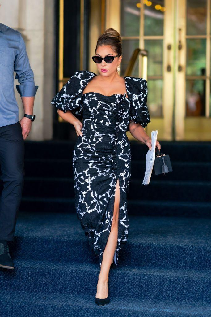 <p>The superstar continued her streak of stylish looks in this black and white floral Giuseppe di Morabito number. </p>