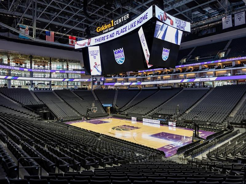 The arena sits 17,500 people (Golden 1 Center)