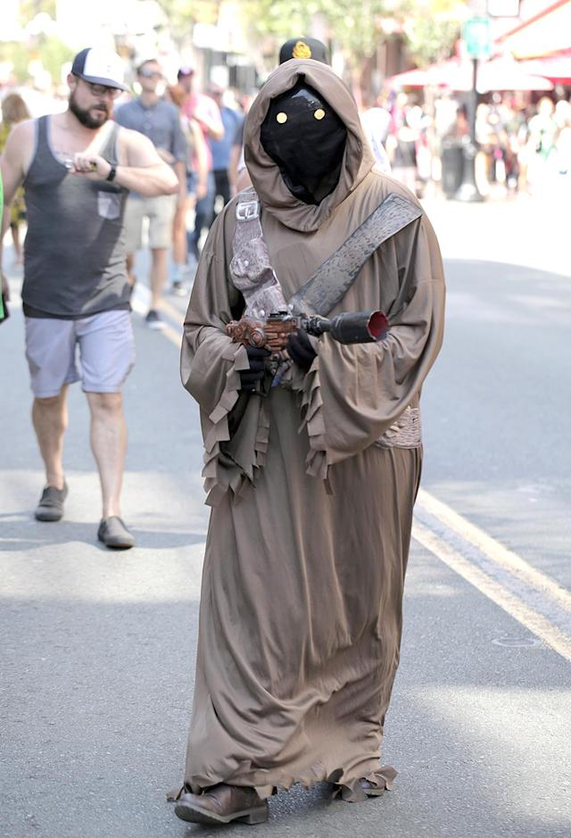 <p>Cosplayer dressed as a Jawa at Comic-Con International on July 19, 2018, in San Diego. (Photo: Quinn P. Smith/Getty Images) </p>