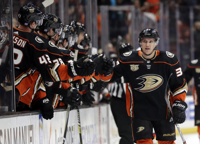 Anaheim Ducks' Jakob Silfverberg, right, celebrates his goal with teammates during the first period of an NHL hockey game against the Calgary Flames on Wednesday, Nov. 7, 2018, in Anaheim, Calif. (AP Photo/Marcio Jose Sanchez)