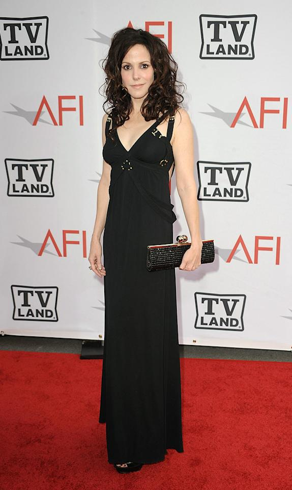 """<a href=""""http://movies.yahoo.com/movie/contributor/1800019007"""">Mary-Louise Parker</a> attends the 38th Annual Lifetime Achievement Award Honoring Mike Nichols at Sony Pictures Studios on June 10, 2010 in Culver City, California."""