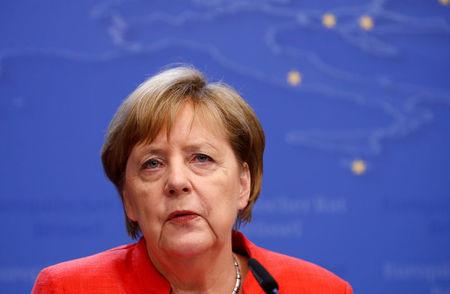 Merkel secures deal with 14 European Union  nations on migrants