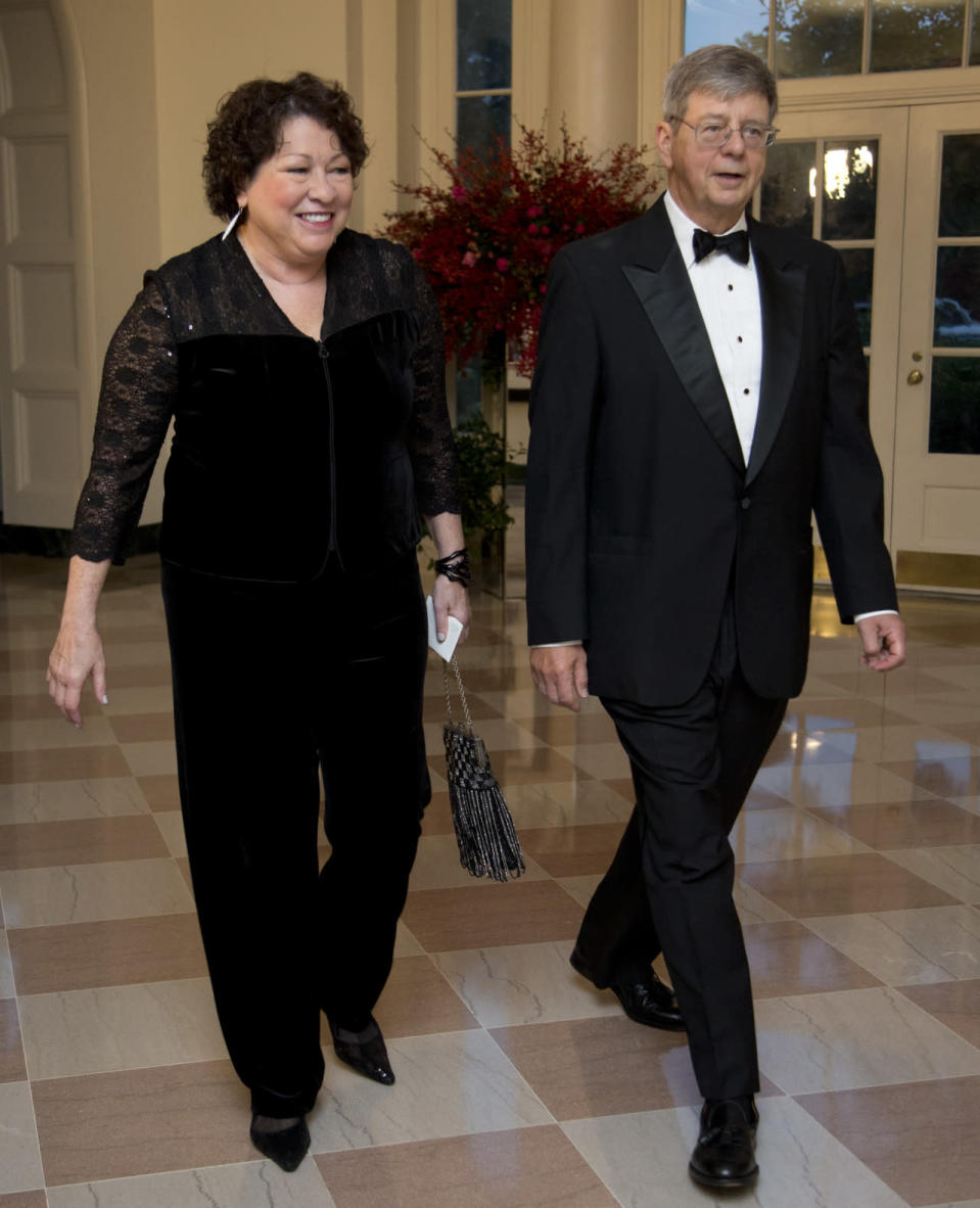 <p>Justice Sonia Sotomayor, with New York District Court Judge John Koeltl, made a stylish entrance in a jumpsuit. With lace sleeve and velvet throughout, the accomplished SCOTUS member looked lovely in a all black. </p>