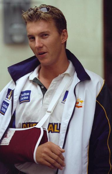 9 Feb 2001:  Brett Lee of Australia leaves hospital after surgery on his elbow in Melbourne, Australia. Mandatory Credit: Hamish Blair/ALLSPORT