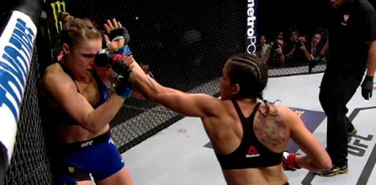 Amanda Nunes defeats Ronda Rousey at UFC 207