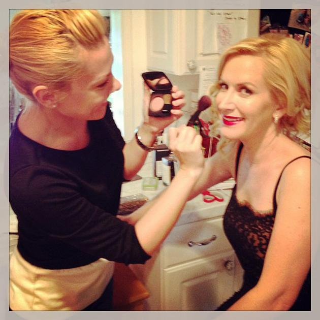 Getting ready for the#SAGawards with @violetartistry & theodoreleaf :) - @AngelaKinsey