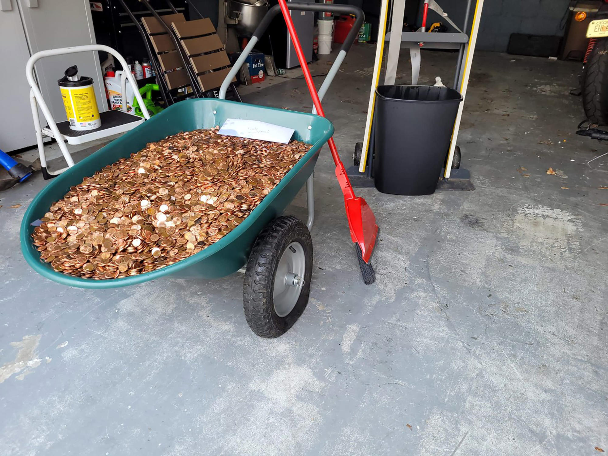 Coin firm pays it forward after Georgia man paid in pennies  image