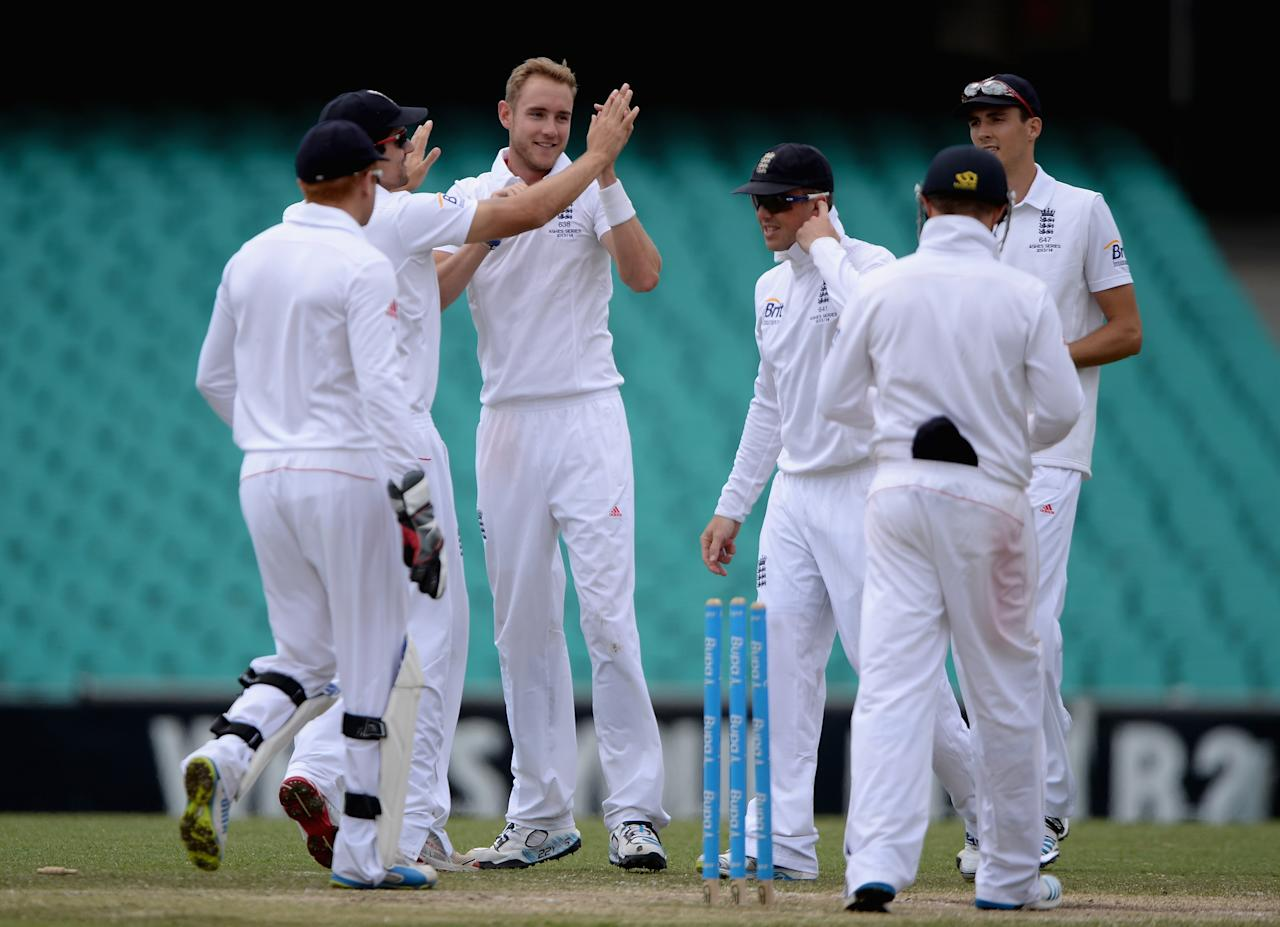 SYDNEY, AUSTRALIA - NOVEMBER 16:  Stuart Broad of England celebrates with teammates after dismissing Kurtis Patterson of CA Invitational XI during day four of the tour match between CA Invitational XI and England at the Sydney Cricket Ground on November 16, 2013 in Sydney, Australia.  (Photo by Gareth Copley/Getty Images)