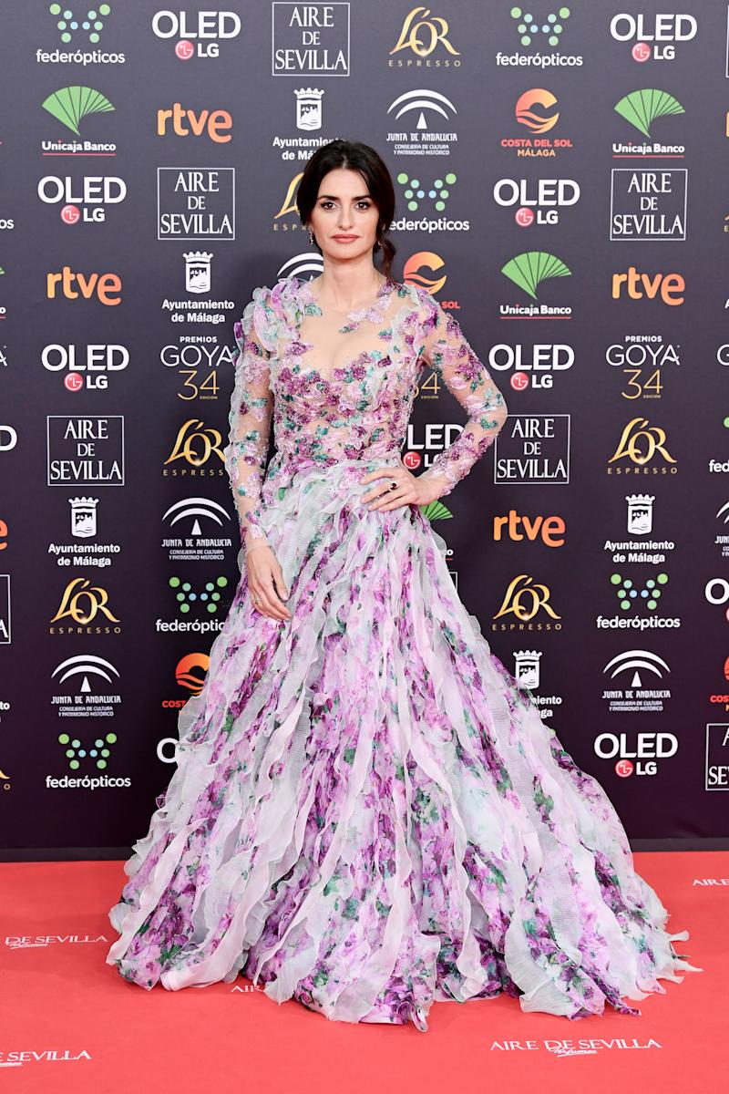 MALAGA, SPAIN - JANUARY 25: Penelope Cruz wearing Atelier Swarovski by Penelope Cruz Fine Jewelry attends the Goya Cinema Awards 2020 during the 34th edition of the Goya Cinema Awards at Jose Maria Martin Carpena Sports Palace on January 25, 2020 in Malaga, Spain. (Photo by Carlos Alvarez/Getty Images for Swarovski)