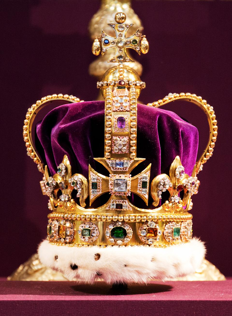A picture shows St Edward's Crown, the crown used in coronations for English and later British monarchs, and one of the senior Crown Jewels of Britain, during a service to celebrate the 60th anniversary of the coronation of Queen Elizabeth II at Westminster Abbey in London on June 4, 2013.  Queen Elizabeth II marked the 60th anniversary of her coronation with a service at Westminster Abbey filled with references to the rainy day in 1953 when she was crowned.  AFP PHOTO / POOL / JACK HILL (Photo by JACK HILL / POOL / AFP) (Photo by JACK HILL/POOL/AFP via Getty Images)