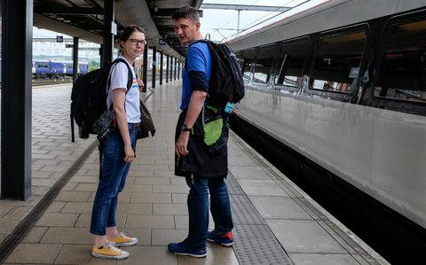 Vicki Pipe (L) and Geoff Marshall (R) at Leeds Station - Credit: Darren O'Brien/Guzelian