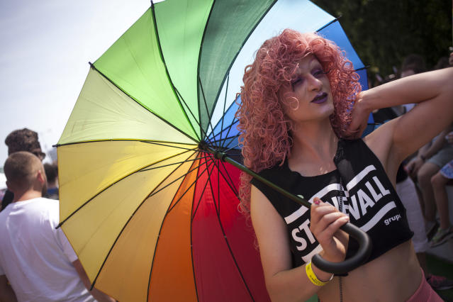<p>Transexual man during Equality Parade (Parada Rownosci) in Warsaw on June 9, 2018. (Photo: Maciej Luczniewski/NurPhoto via Getty Images) </p>