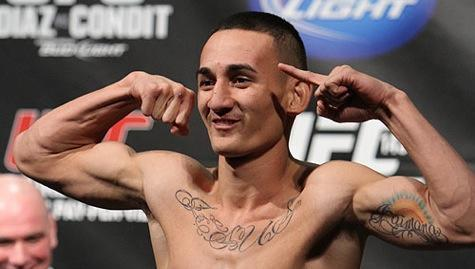 UFC 199 Results: Max Holloway Outlasts Ricardo Lamas for Ninth Consecutive Win