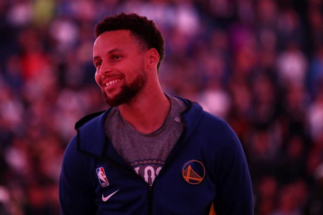 Stephen Curry's Facebook face-mask plea met with anger