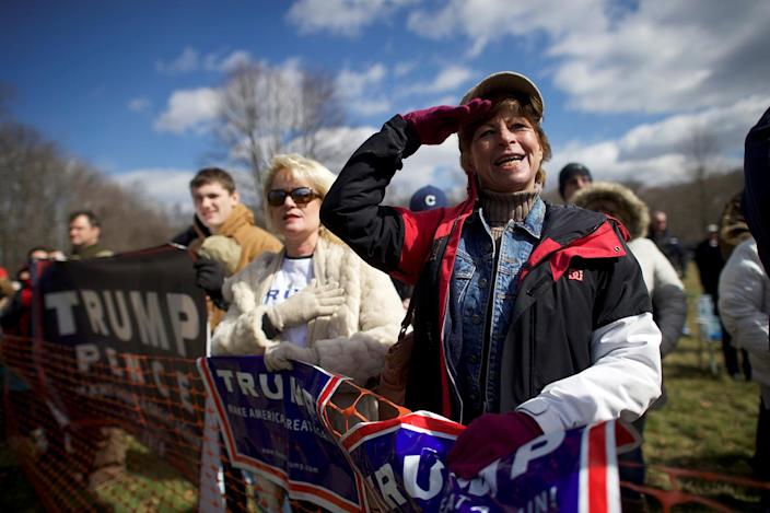 """<p>Donald Trump supporter Beth Holz salutes during a """"People 4 Trump"""" rally at Neshaminy State Park in Bensalem, Penn., March 4, 2017. (Photo: Mark Makela/Reuters) </p>"""