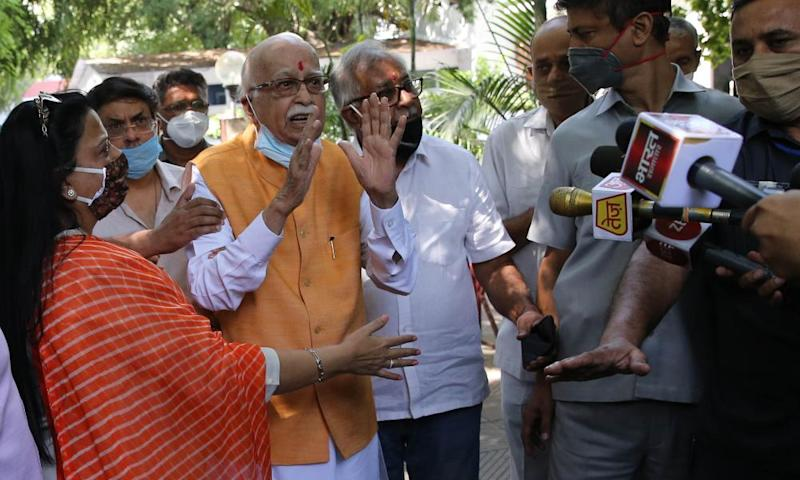 India's BJP leaders acquitted over Babri mosque demolition
