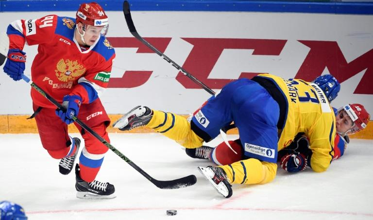 Russian winger Alexander Barabanov, left, signed a one-year NHL contract on Tuesday with the Toronto Maple Leafs