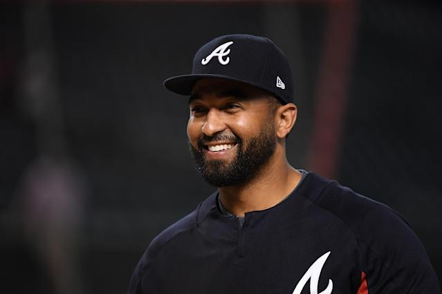 PHOENIX, AZ – JULY 25: Matt Kemp #27 of the Atlanta Braves prepares for a game against the Arizona Diamondbacks at Chase Field on July 25, 2017 in Phoenix, Arizona. (Getty Images)