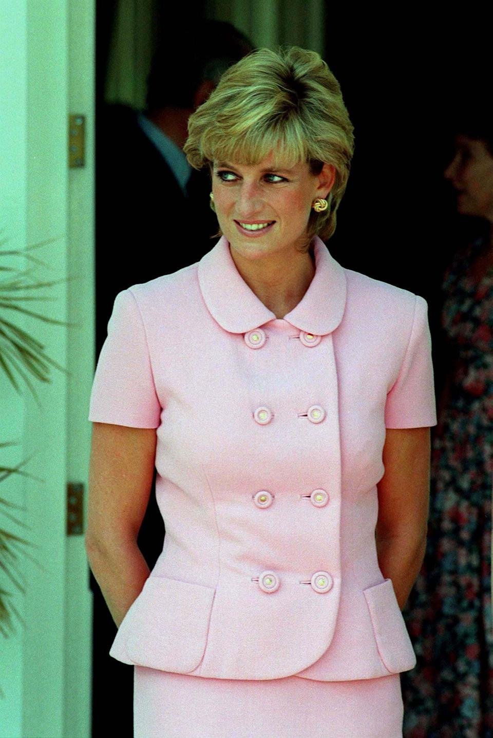 <p>Looking perfectly monochromatic, Diana paired her pink getup with blush lipstick.</p>