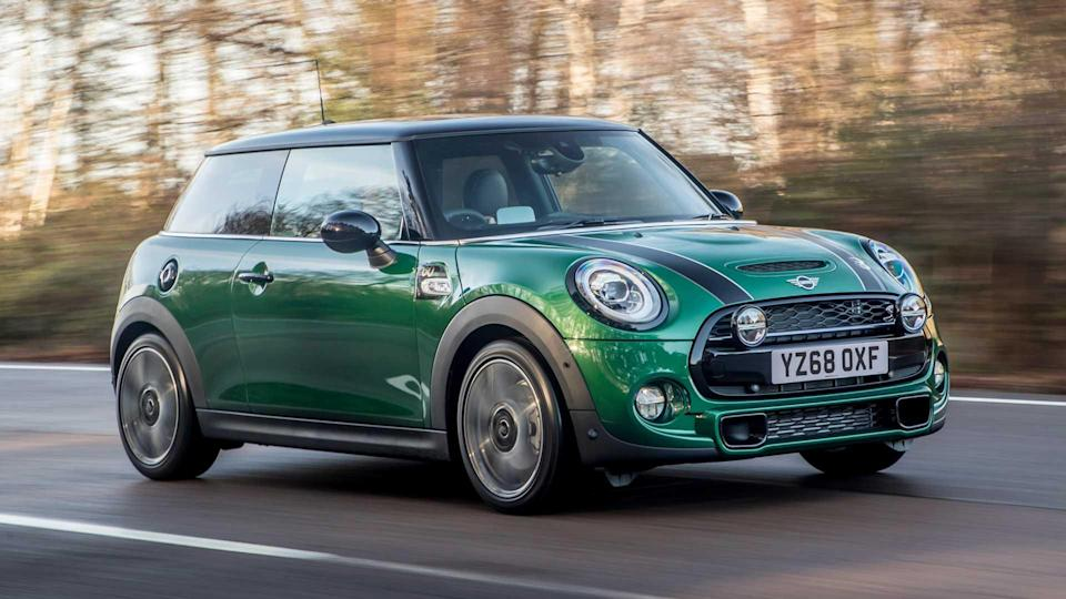 "<p><strong>Units registered: 31,233</strong></p> <p>Ever since BMW reinvented the Mini in the early 2000s, the new version has been a hit. With a modern take on retro looks and premium build quality, the car remains one of the most desirable small hatchbacks on the road.</p><ul><li><a href=""https://uk.motor1.com/features/379592/uk-best-selling-cars-2019/?utm_campaign=yahoo-feed"" rel=""nofollow noopener"" target=""_blank"" data-ylk=""slk:Britain's best-selling cars of 2019"" class=""link rapid-noclick-resp"">Britain's best-selling cars of 2019</a></li><br></ul>"