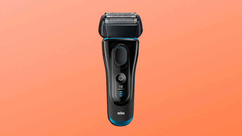 This electric shaver is 100 percent waterproof! (Photo: Amazon/Yahoo Lifestyle)