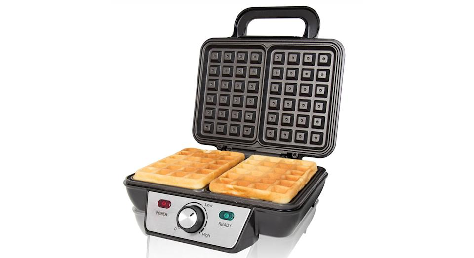 Quest 35950 1000W 2–Slice Waffle Maker