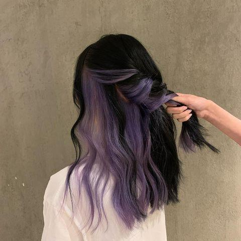 """<p>If your employer won't let you dye your hair, or you're not sure about going the whole hog, this hidden style is perfect.</p><p><a href=""""https://www.instagram.com/p/CD3wbfxjMsy/"""" rel=""""nofollow noopener"""" target=""""_blank"""" data-ylk=""""slk:See the original post on Instagram"""" class=""""link rapid-noclick-resp"""">See the original post on Instagram</a></p>"""