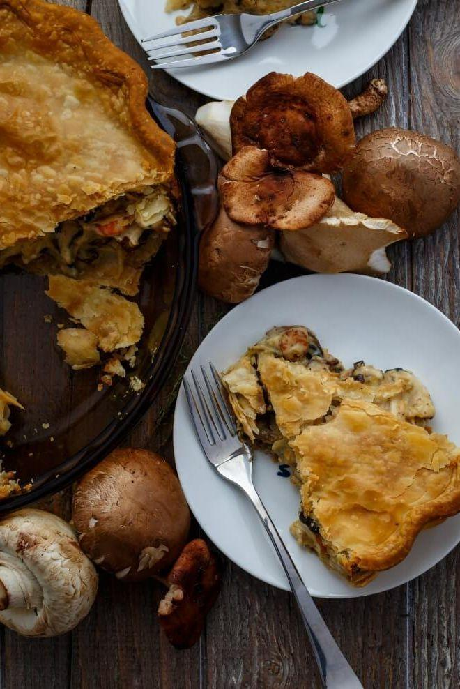 """<p>Here's another vegetarian Thanksgiving entree option that's just as hearty.</p><p><strong>Get the recipe at <a href=""""https://thecookiewriter.com/roasted-mushroom-pot-pie/"""" rel=""""nofollow noopener"""" target=""""_blank"""" data-ylk=""""slk:The Cookie Writer"""" class=""""link rapid-noclick-resp"""">The Cookie Writer</a>.</strong> </p>"""