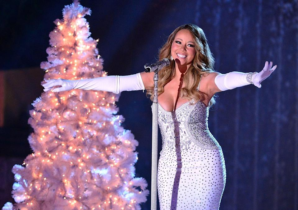 NEW YORK, NY - DECEMBER 03:  Mariah Carey performs at the 81st Annual Rockefeller Center Christmas Tree Lighting Pre-Tape at Rockefeller Center on December 3, 2013 in New York City.  (Photo by James Devaney/WireImage)