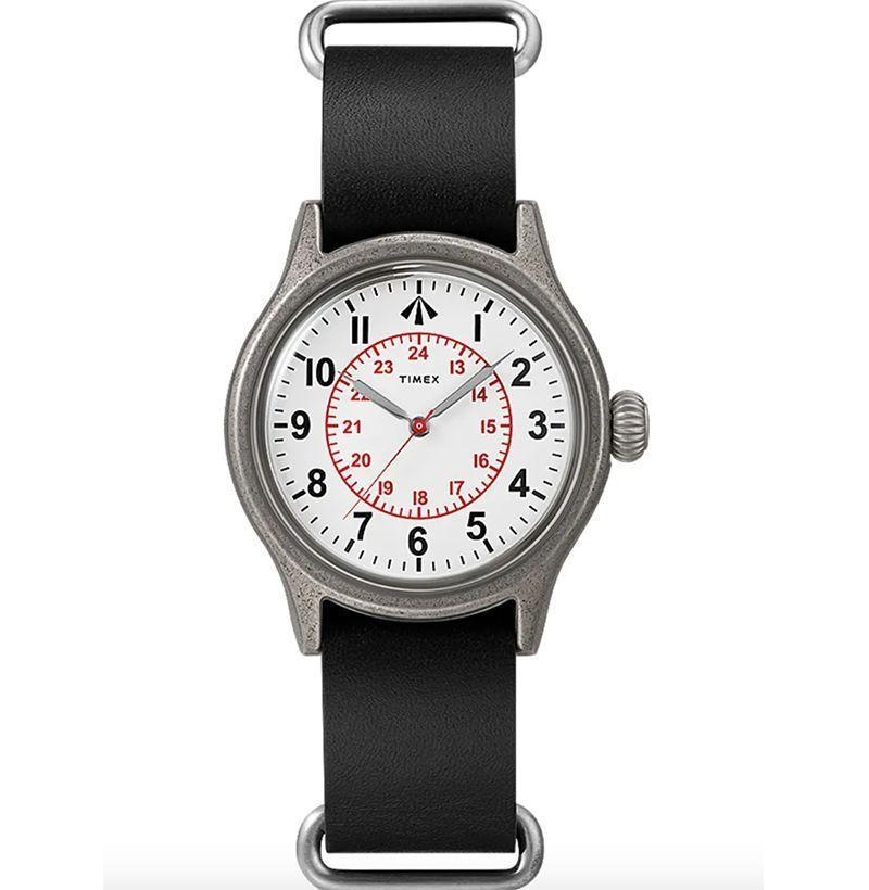 """<p><strong>Timex x Nigel Cabourn </strong></p><p>timex.com</p><p><strong>$195.00</strong></p><p><a href=""""https://go.redirectingat.com?id=74968X1596630&url=https%3A%2F%2Fwww.timex.com%2Ftimex-x-nigel-cabourn-naval-officers-watch%2FTWG025100O6.html&sref=https%3A%2F%2Fwww.esquire.com%2Fstyle%2Fmens-fashion%2Fg34876694%2Fbest-new-menswear-december-5-2020%2F"""" rel=""""nofollow noopener"""" target=""""_blank"""" data-ylk=""""slk:Buy"""" class=""""link rapid-noclick-resp"""">Buy</a></p>"""