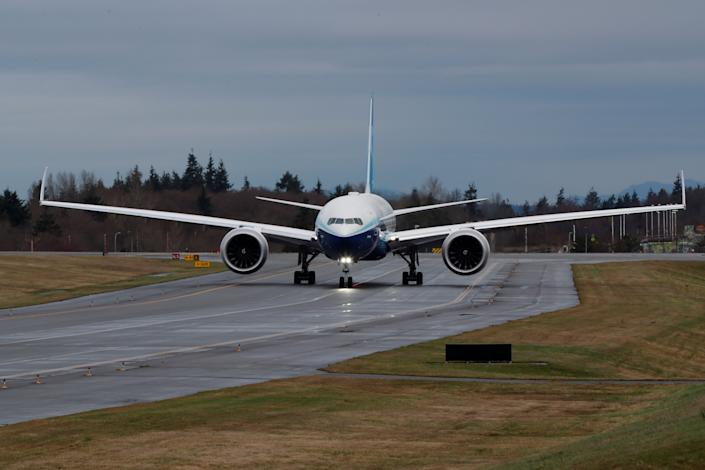 A Boeing 777X with its wingtips retracted.