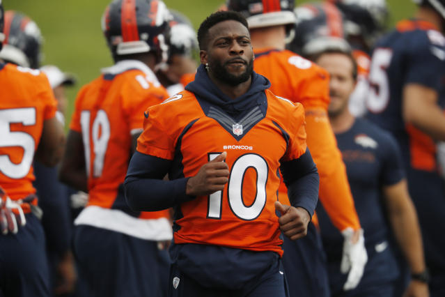 Denver Broncos wide receiver Emmanuel Sanders takes part in drills at the team's NFL football training facility Tuesday, June 4, 2019, in Englewood, Colo. (AP Photo/David Zalubowski)