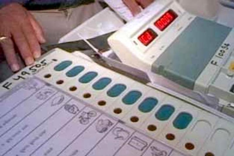 500 Men Attack Officials on Way to Re-Polling in Arunachal Pradesh, Run Away with EVMs
