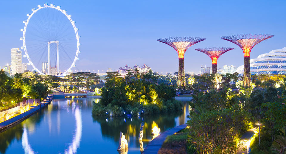 The Singapore Flyer, a giant Ferris wheel located in Singapore.