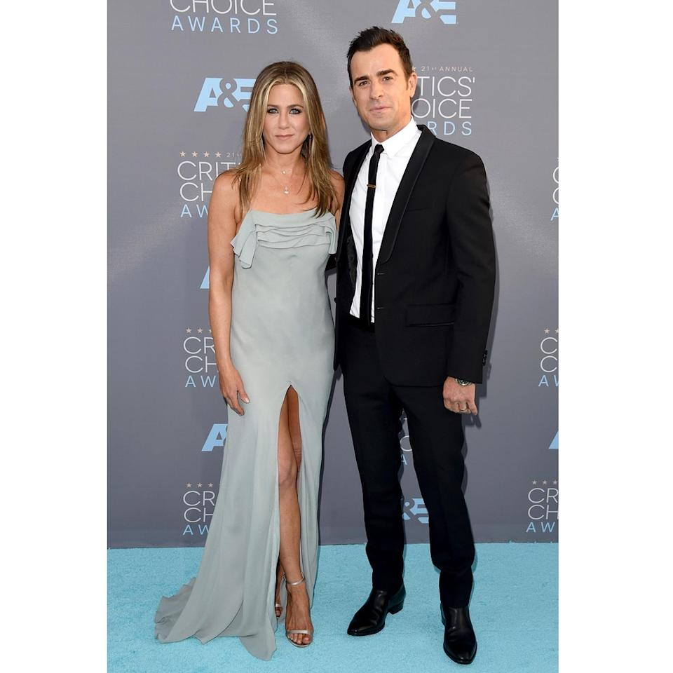 who is jennifer aniston dating now See all jennifer aniston's marriages, divorces, hookups, break ups, affairs, and dating relationships plus celebrity photos, latest jennifer aniston news, gossip, and biography.