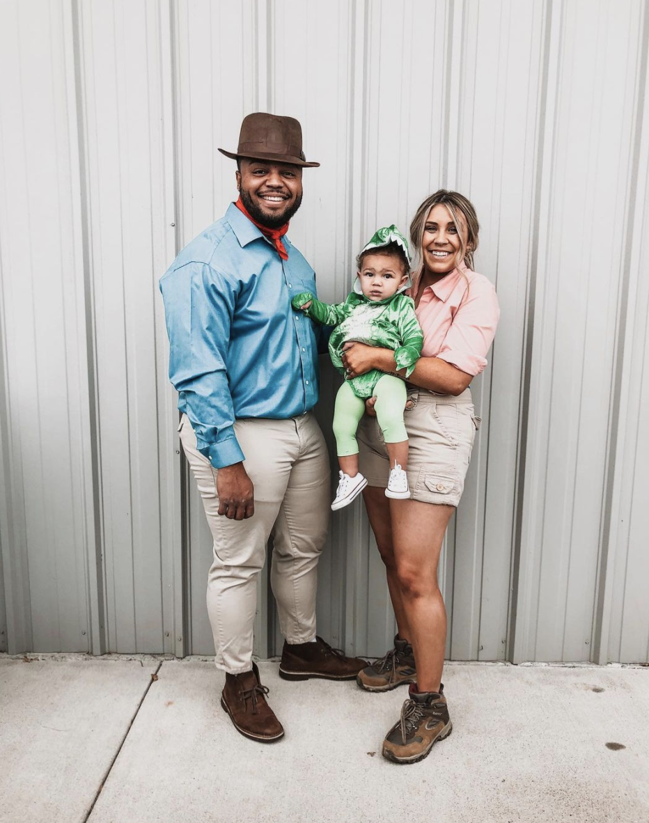 """<p>With a dinosaur that cute, these two Jurassic Park rangers don't have anything to be scared of. </p><p><a class=""""link rapid-noclick-resp"""" href=""""https://www.amazon.com/Layette-Infant-Dinosaur-Jumpsuit-Outfits/dp/B07H2SQBBC/?tag=syn-yahoo-20&ascsubtag=%5Bartid%7C10072.g.37059504%5Bsrc%7Cyahoo-us"""" rel=""""nofollow noopener"""" target=""""_blank"""" data-ylk=""""slk:SHOP DINOSAUR COSTUME"""">SHOP DINOSAUR COSTUME</a></p>"""