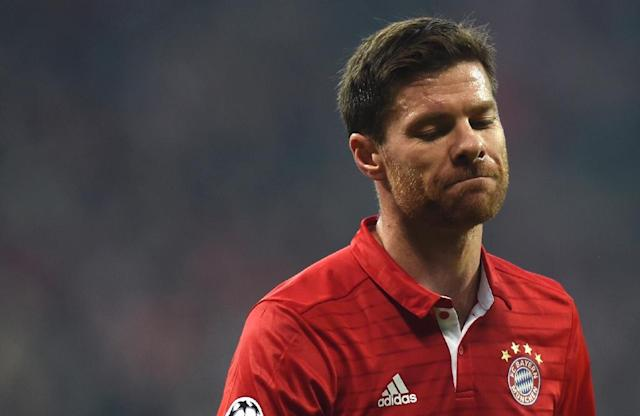 Bayern Munich's Spanish midfielder Xabi Alonso reacts during the UEFA Champions League round of sixteen football match between FC Bayern Munich and Arsenal in Munich, southern Germany, on February 15, 2017 (AFP Photo/Christof STACHE)