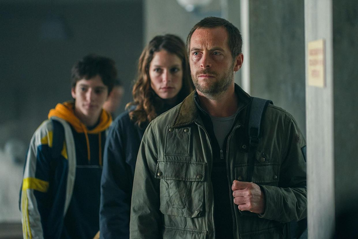 Pictured:  (L-R) Mathieu Torloting as SACHA, Stéphane Caillard as CHLOE and Stephen Campbell Moore as JONATHAN in War of the Worlds, season 2.
