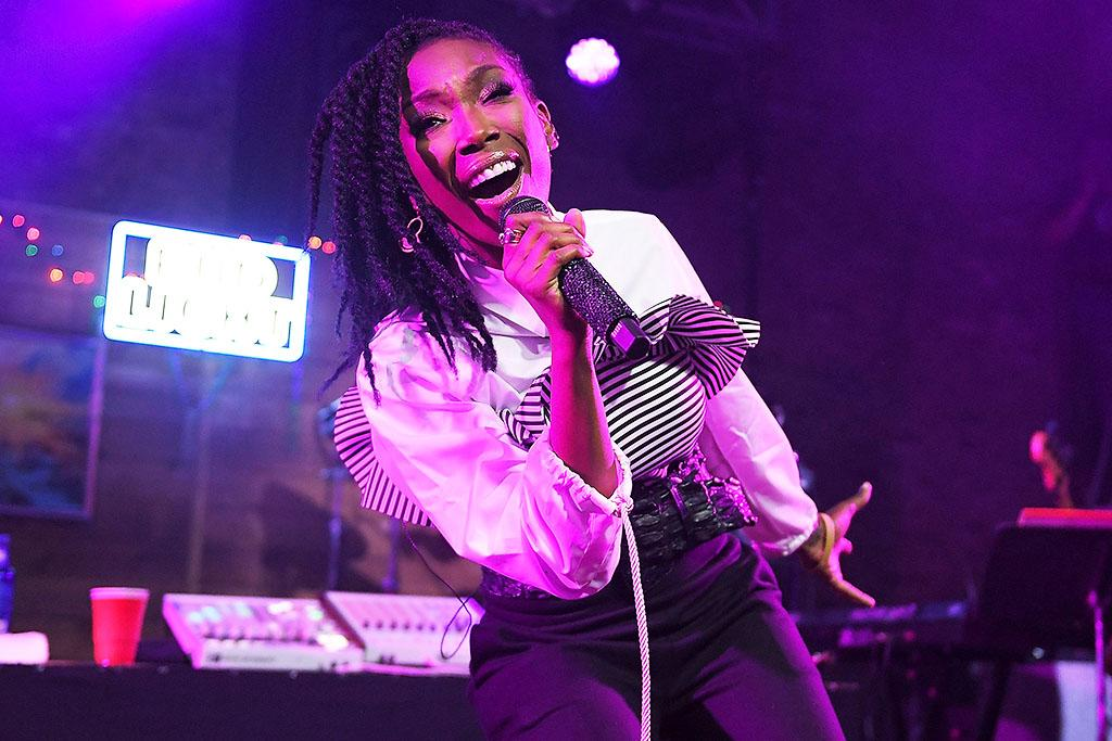 <p>Singer-songwriter Brandy and The Roots perform during the Budlight Event 2017 SXSW Conference and Festivals on March 18, 2017 in Austin, Texas. (Photo by Matt Winkelmeyer/Getty Images for SXSW) </p>