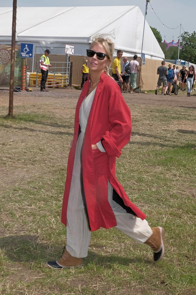 GLASTONBURY, ENGLAND - JUNE 28: Sienna Miller attends day one of the Glastonbury Festival on June 28, 2019 in Glastonbury, England. (Photo by Mark Boland/Getty Images)