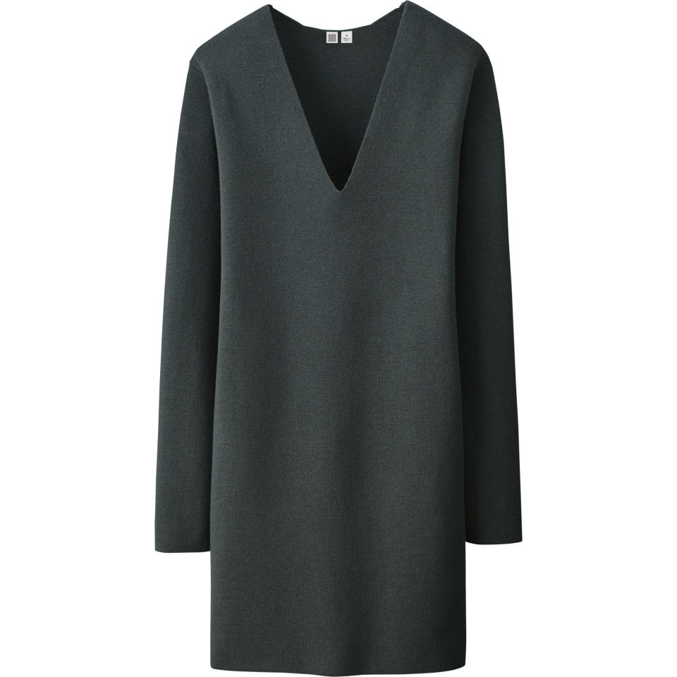 "<p>Uniqlo U Milano Ribbed V-Neck Tunic, $69.90, <a rel=""nofollow"" href=""http://www.uniqlo.com/UniqloU/us/"">uniqlo.com</a> </p>"
