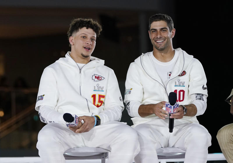 Kansas City Chiefs' Patrick Mahomes and San Francisco 49ers' Jimmy Garoppolo are the two favorites to win Super Bowl MVP. (AP Photo/David J. Phillip)