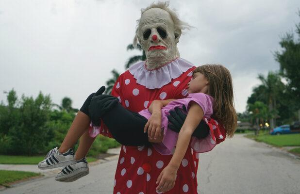 'Wrinkles the Clown' Film Review: There's a Great Doc To Be Made About Creepy Clowns — This Isn't It
