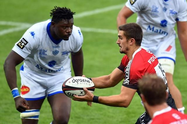 Toulouse's French full-back Thomas Ramos (right) in action on Saturday (AFP Photo/REMY GABALDA)