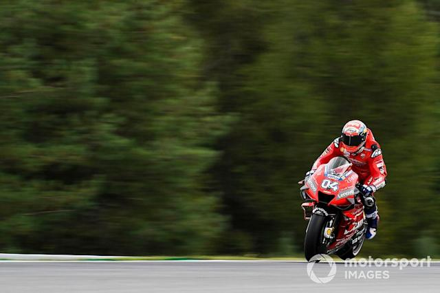 """Andrea Dovizioso, Ducati Team, Braking <span class=""""copyright"""">Gold and Goose / LAT Images</span>"""