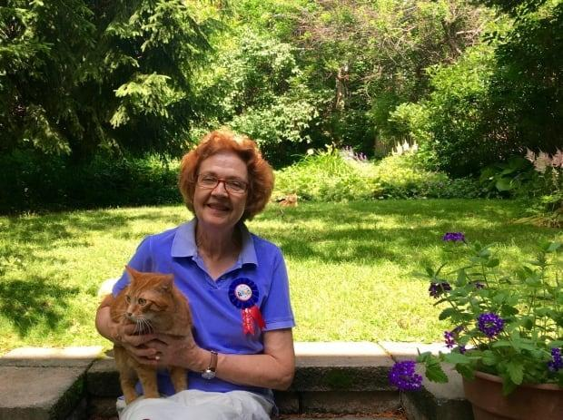 After over 40 years of dedicated service as a pediatrician in Montreal, Dr. Diane Munz is retiring and heading to Victoria, B.C., with her family.   (Submitted by Kathryn Stewart - image credit)
