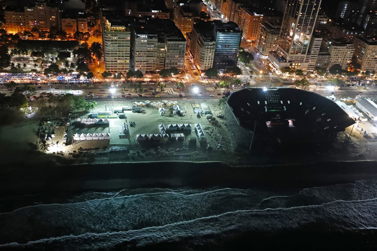 <p>An aerial view of the beach volleyball venue in Copacabana neighborhood of Rio de Janeiro less than two weeks before the start of the Rio 2016 Olympic Games, Brazil, July 23, 2016. (REUTERS/Pawel Kopczynski)</p>